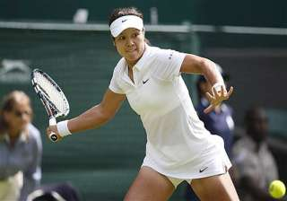 wimbledon li na goes through to second round -...