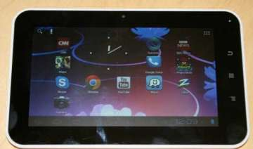 a closer look at aakash 2 tablet - India TV