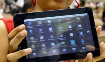 aakash tablet finds its way into pilot projects...