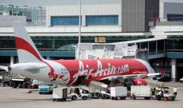 airasia to recruit flight attendants from june 23...