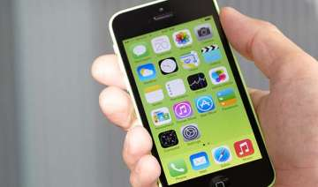 apple launches cheaper 8gb iphone 5c - India TV