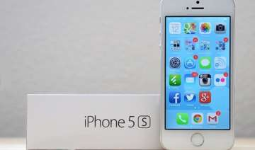 apple s iphone 5s and 5c to be available in india...