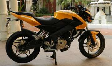 bajaj launches the new pulsar 200ns in pune -...