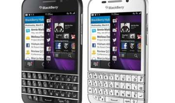 blackberry offers rs 5 000 gift card to american...