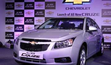 chevrolet launches updated cruze saloon - India TV