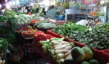costlier onion veggies push inflation to 5 mth...