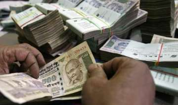 don t panic about rupee fall govt - India TV