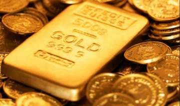gold maintains surge on good offtake firm global...
