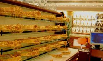 gold silver surge on sesonal demand firm global...