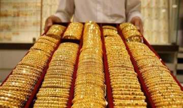 gold snaps four day falling trend recovers on...