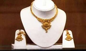 gold silver declines on profit taking - India TV