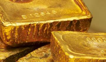 gold strengthens silver recovers - India TV