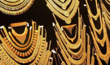 gold climbs to all time high of rs 30 550 on...