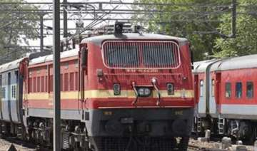 govt clears rail tariff authority - India TV