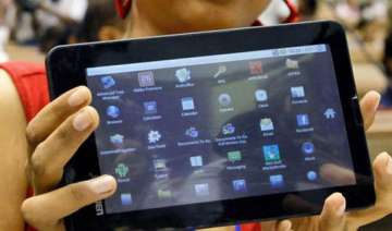 ultra low cost tablet aakash 2 launched - India TV