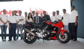 hyosung launches new bike gt250r for rs. 2.75...