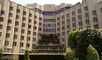 itc eyes rs 1 lakh crore turnover by 2030 from...