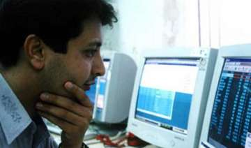 mutual funds exposure to it stocks declines in...