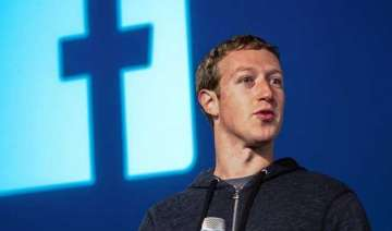 10 famous billionaires who dropped out of school...