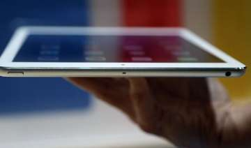 apple s ipad pro outsold microsoft s surface...