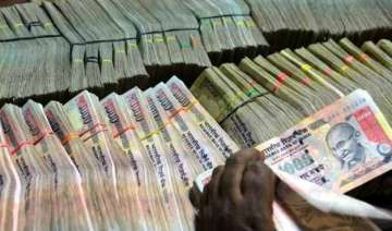 rupee down 7 paise against dollar in early trade...