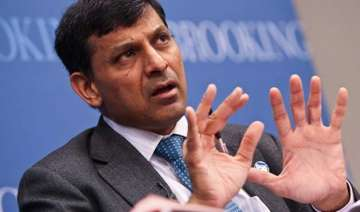 raghuram rajan slams imf for applauding easy...