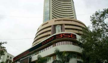 sensex closes 148 points up at one month high -...
