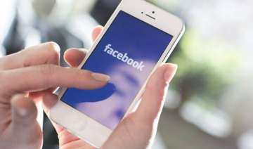 why facebook use drains your iphone battery -...