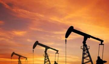oil prices plunge amid ample supplies - India TV