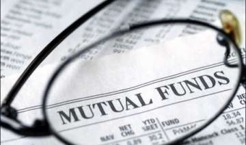 mutual funds gather rs 2 lakh crore in apr jul fy...