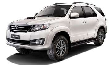toyota launches 2015 fortuner 4x4 at and innova -...