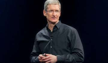 apple ceo tim cook receives hefty bonus for 2014...