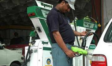 oil at sub 49 brings fuel price cuts - India TV
