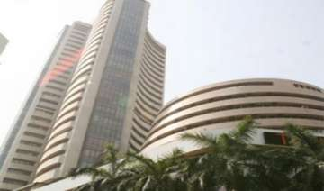sensex down 82 pts in early trade nifty slip...
