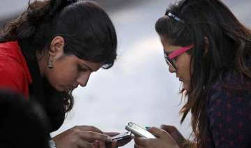 bsnl slashes roaming tariff by up to 40 - India TV
