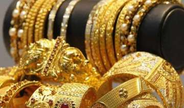 gold prices fell by rs 70 - India TV