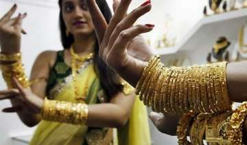 indians making most from longest gold price slump...