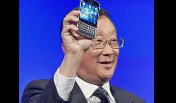 blackberry launches classic in last ditch effort...
