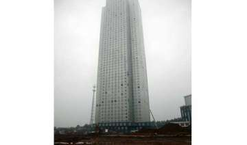 chinese builder puts up 57 storey skyscraper in...