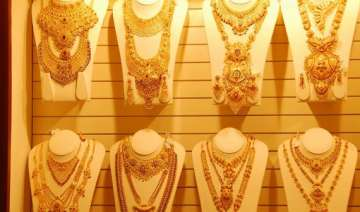 kalyan jewellers to invest rs 1000 cr in fy 15 on...
