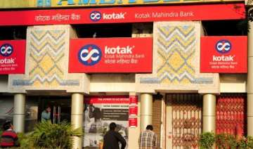 kotak mahindra bank to hire 2 000 - India TV