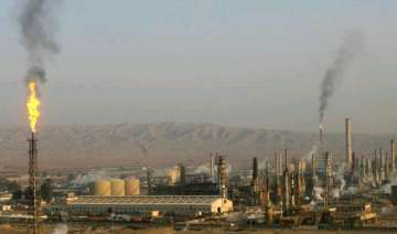 oil price near 9 month high as iraq battles for...