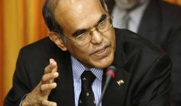 rbi governor d subbarao appears in delhi court in...