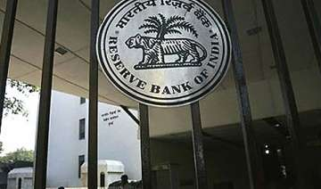rbi to issue rs 500 note with re symbol - India TV