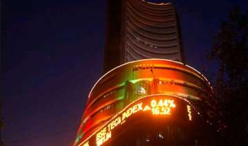 reliance industries ongc 5 others lose rs. 31 966...