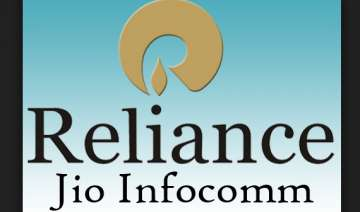 reliance jio to hire about 7 000 employees this...
