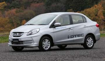 review honda s new diesel car amaze - India TV