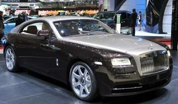 rolls royce wraith launched priced at rs 4.6 cr -...
