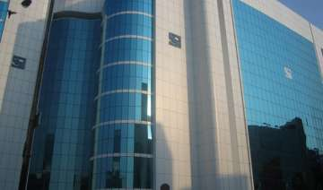 sahara to hand over title deed of rs 20k cr...