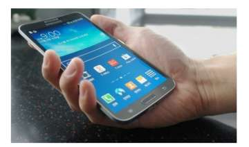 samsung launches galaxy round world s first...